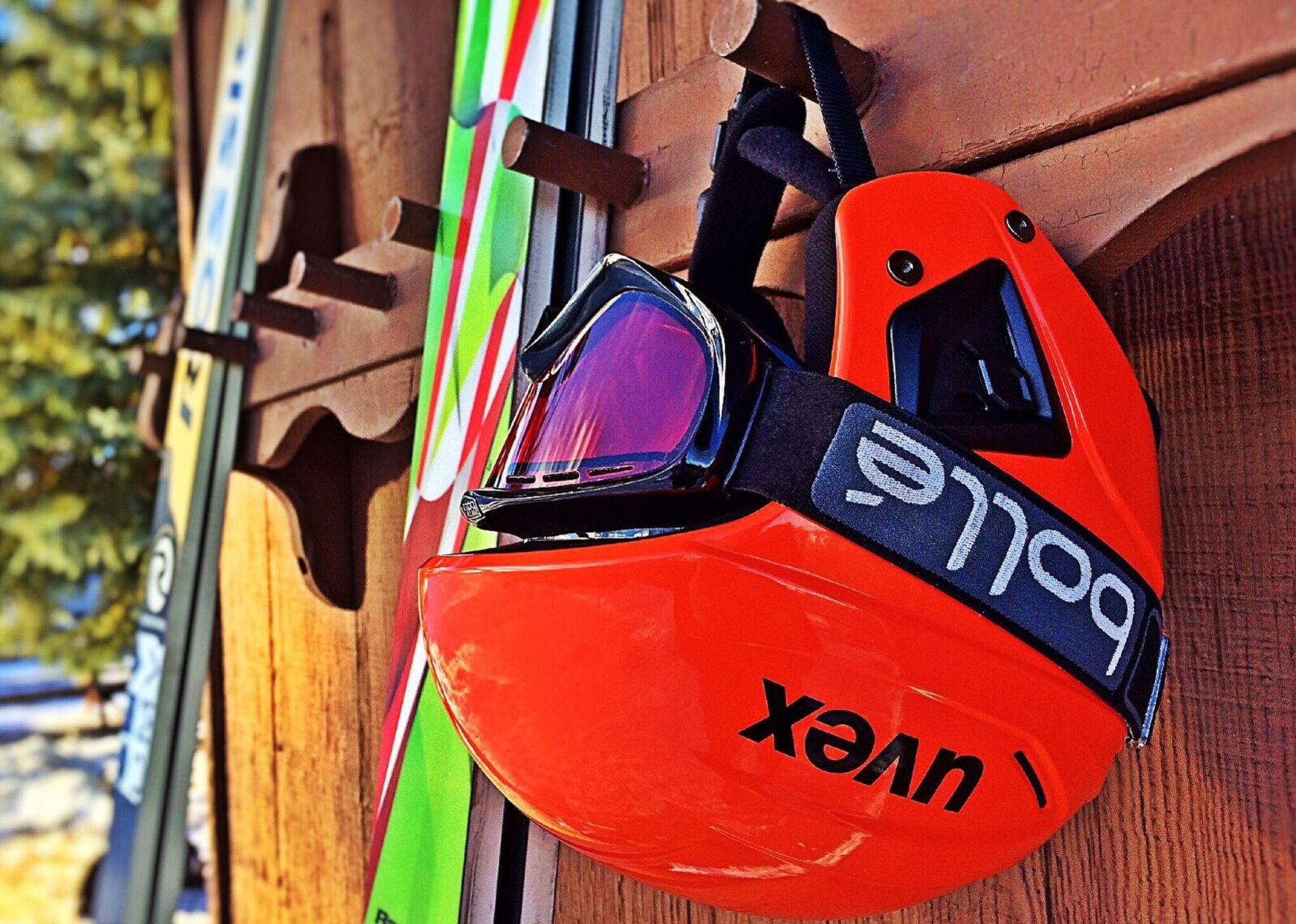 Cascos de esquí como este